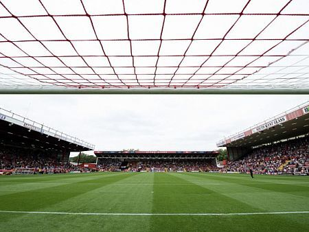 Photo mandatory by-line: Joe Meredith/JMP - Mobile: - 27/09/2014 - SPORT - Football - Bristol - Ashton Gate - Bristol City v MK Dons - Sky Bet League One