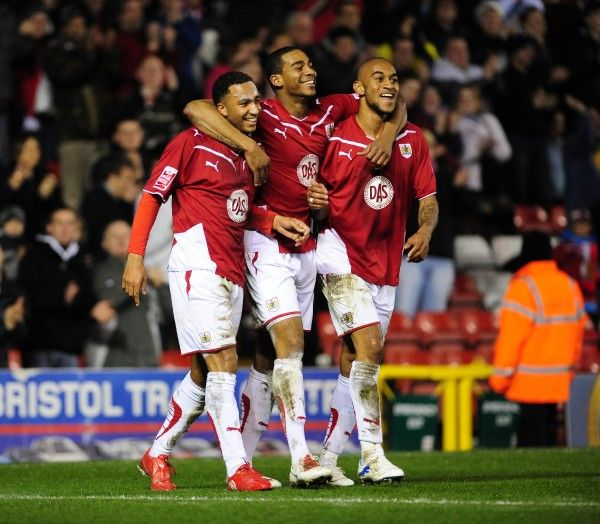 GOAL CELEBRATIONS for Bristol City's Nicky Maynard with Bristol City's Marvin Elliott and Bristol City's Danny Haynes - Photo mandatory by-line: Joe Meredith/Pinnacle - Tel: 0 - Mobile:0797 1270 681 - VAT Reg No: 768 6958 48 - 23/03/2010 - SPORT