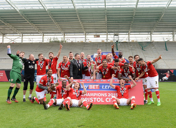 Bristol City celebrate as they are crowned champions of League One - Photo mandatory by-line: Dougie Allward/JMP - Mobile: - 03/05/2015 - SPORT - Football - Bristol - Ashton Gate - Bristol City v Walsall - Sky Bet League One