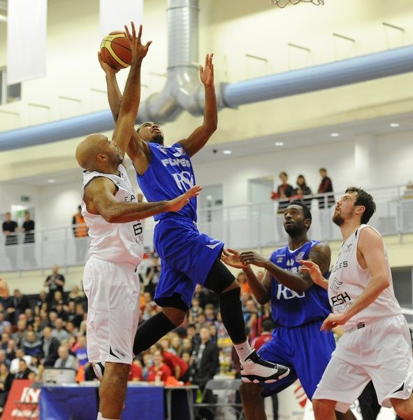 Bristol Flyers? Dwayne Lautier-Ogunleye - Photo mandatory by-line: Joe Meredith/JMP - Mobile: - 29/11/2014 - SPORT - Basketball - Bristol - SGS Wise Campus - Bristol Flyers v Newcastle Eagles - British Basketball League