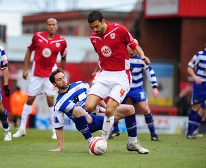 Liam Fontaine beats Mark Wilson to the ball