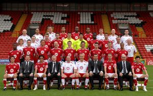 <b>Team Photo</b><br>Selection of 11 items